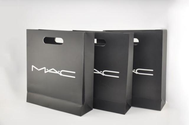 Thiết kế túi giấy mỹ phẩm hcm